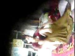 একটি দম্পতি, একটি বৃত্তাকার ছোট মেয়ের চোদাচুদি আলো দুই স্টিক